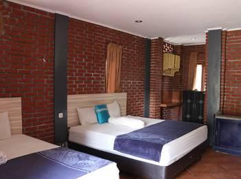 Villa Bantal Guling Bandung - Family Room 4 pax Two Night Promotion