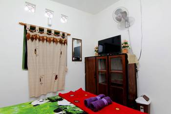 Ngampilan Backpacker Hostel Yogyakarta - Standard Double Room Basic Deal 40%