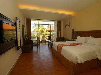 Best Western Resort  Kuta - Deluxe Pool View Room Only Last Minute - 7 Days