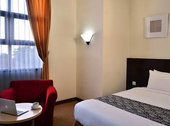 Uny Hotel Yogyakarta - Executive Room Regular Plan