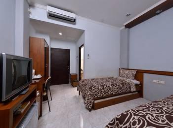 Uny Hotel Yogyakarta - Standard Room Regular Plan