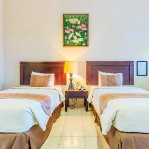 Hotel Guntur Bandung - Deluxe Room Regular Plan