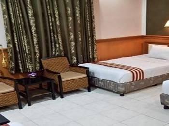 Anggraeni Hotel Tanjung Brebes - Deluxe Room Only Regular Plan