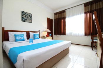 Airy Dago Sabuga Juanda 169 Bandung - Standard Double Room with Breakfast Special Promo Mar 5