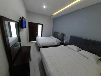Bwalk Hotels Premier & Budget Malang - Premiere Quatro 4 Pax Regular Plan