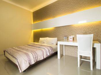 RedDoorz @Pulomas Jakarta - RedDoorz Room with Breakfast Regular Plan
