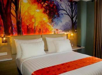 Premiere Hotel Tegal Tegal - Deluxe Regular Plan