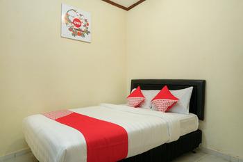 OYO 561 Hotel Citra Indah Near RS Ludira Husada Tama Yogyakarta - Standard Double Room Regular Plan