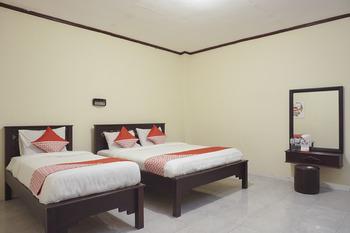 OYO 561 Hotel Citra Indah Near RS Ludira Husada Tama Yogyakarta - Suite Triple Room Regular Plan