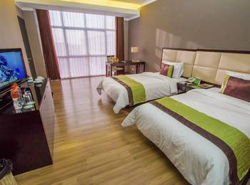 Maqna Hotel Kota Gorontalo - Deluxe Twin Room Regular Plan