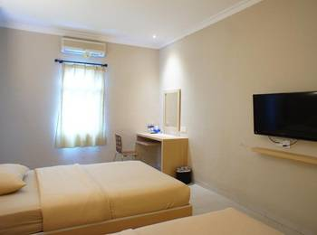 Sky View Hotel Batam - Deluxe Twin Room Only Regular Plan