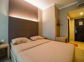 Sky View Hotel Batam - Deluxe Double Room Only Regular Plan