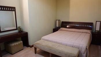 Roosseno Plaza Jakarta - 1 Bedroom - Juan Miro Suite Regular Plan