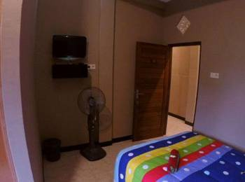 Cafe Johan Home Stay Senggigi - Standard Fan Room Regular Plan