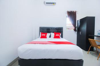 OYO 1653 Fajar Residence Pekanbaru - Deluxe Double Room Early Bird