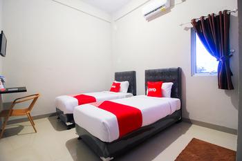 OYO 1653 Fajar Residence Pekanbaru - Standard Twin Room Promotion