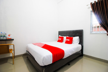 OYO 1653 Fajar Residence Pekanbaru - Standard Double Room Early Bird