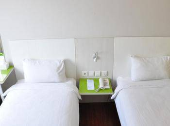 Everbright Hotel Ambon - Superior Room Regular Plan