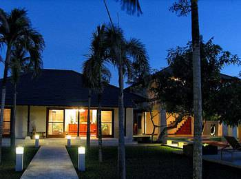 The Wangsa Hotel & Villas Bali - Three Bedroom Villa with Breakfast Save