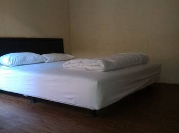 Guest House Punokawan Solo - Room B Double Regular Plan