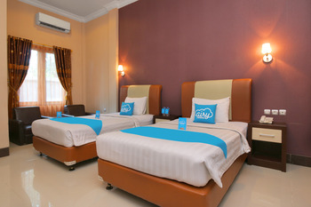 Airy Bandara Syamsudin Noor Kasturi Satu Banjarbaru - Superior Twin Room with Breakfast Special Promo July 33