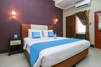 Airy Bandara Syamsudin Noor Kasturi Satu Banjarbaru - Deluxe Double Room Only Regular Plan
