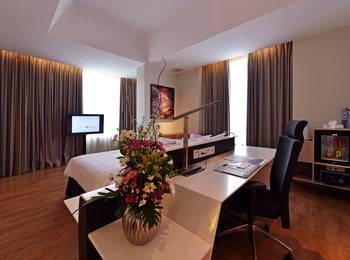 FOX Hotel Pekanbaru - Executive Room Only Regular Plan