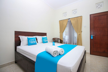 Airy Denpasar Barat Gunung Tangkuban Perahu 5 Bali - Standard Double Room Only Special Promo July 45