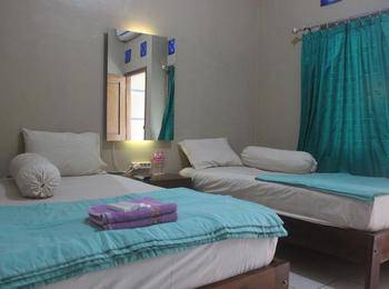 Cyka Raya Hotel Yogyakarta - Standard Twin Room Regular Plan