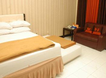 Hotel & Restaurant Bandung Permai Jember - Superior Room Regular Plan