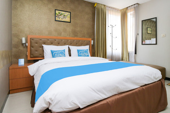 Airy Ahmad Yani Ketintang Baru Dua 12 Surabaya - Deluxe Double Room Only Special Promo June 45