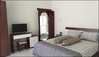 Brown Village Lombok - Standard Room Regular Plan