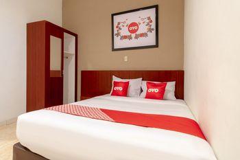 OYO 1668 Yvel Homestay Medan - Suite Double Regular Plan