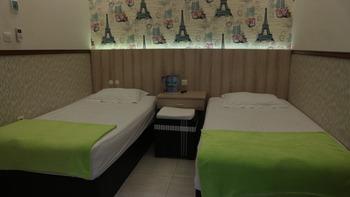 Mitra Guest House Jember - Executive Room Regular Plan