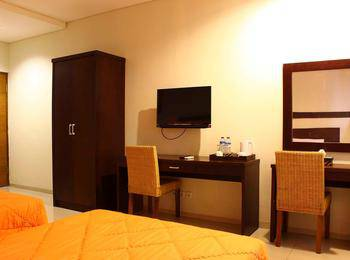 Bumi Cikeas Resort Bogor - Deluxe Room twin - Room Only Special Rate