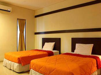 Bumi Cikeas Resort Bogor - Deluxe Room twin - Room Only Regular Plan