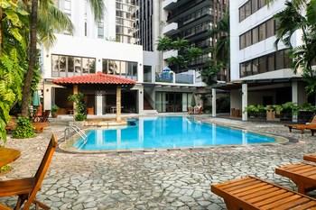 3BR Suites Type Senopati SCBD Apartment By Travelio