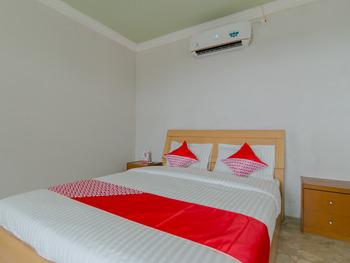 OYO 2858 Vafa Guesthouse Cianjur - Suite Family Room Last Minute