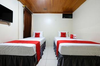 RedDoorz @ Jalan Setiabudi Semarang Semarang - Twin Room Regular Plan