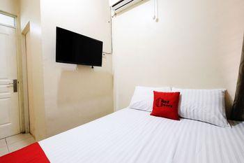 RedDoorz @ Jalan Setiabudi Semarang Semarang - RedDoorz Room BASIC DEAL
