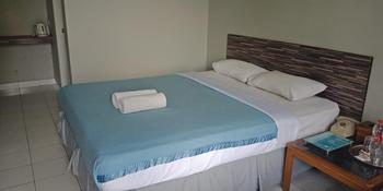Amanda Hills Hotel Semarang - Superior Room Regular Plan