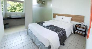 Amanda Hills Hotel Semarang - Standard Room Minim Stay 2