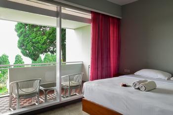 Amanda Hills Hotel Semarang - Deluxe Room Regular Plan