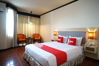 Capital O 1735 Adika Bahtera Hotel Balikpapan - Standard Family Room Promotion