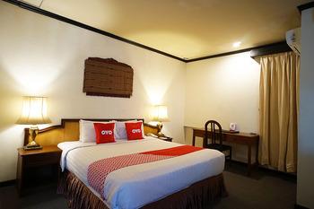 Capital O 1735 Adika Bahtera Hotel Balikpapan - Suite Double Last Minute