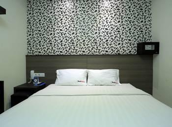 RedDoorz @Istana Kuta Galeria Bali - Reddoorz Room Regular Plan