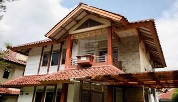 Villa Kota Bunga Blok A By DCM