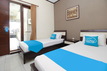 Airy Syariah Lowokwaru Sigura Gura Empat 1 Malang Malang - Standard Twin Room with Breakfast Regular Plan