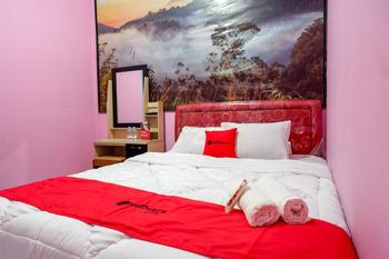 RedDoorz Syariah near Telaga Warna Dieng Wonosobo - RedDoorz Room 2N Min Stay
