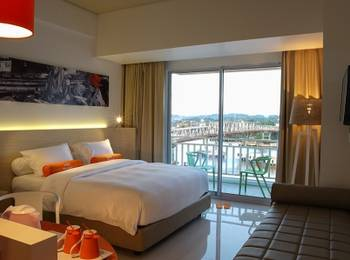 HARRIS Hotel Samarinda - Fun School Holiday at Harris Room River View Regular Plan